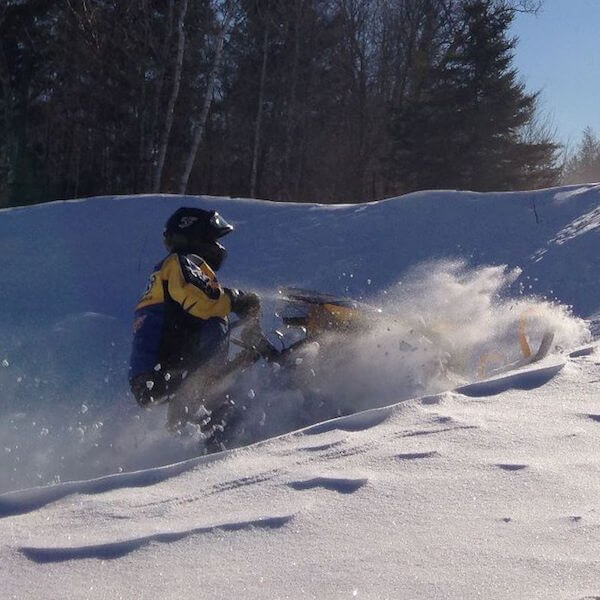 2018 Snowmobiling Packages